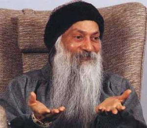 osho_laughing_photo